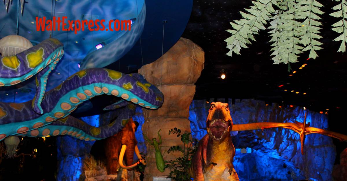 Video t rex dining with dinosaurs a disney dining review for Disney dining plan t rex